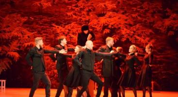 """Naisių vasaros teatro dviejų dalių spektaklis """"Tango Taganroge"""""""