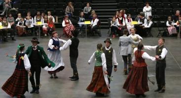 """Respublikinių moksleivių folklorinių šokių varžytuvių """"Patrepsynė 2020"""" vietinis turas"""