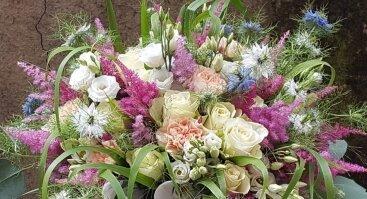 Trumpa floristikos darbų paroda