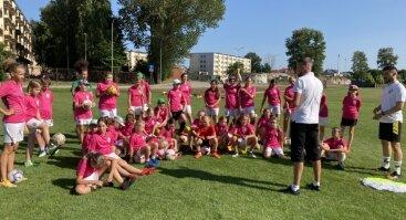 Atviros futbolo treniruotės 9-14 metų mergaitėms MFA Bitės akademijoje