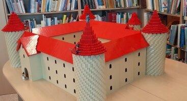 """""""LEGOlendas bibliotekoje – kūrybingiems ir sumaniems vaikams"""""""