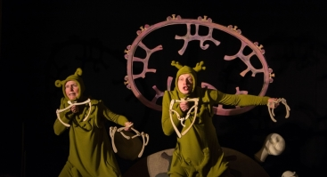 Online spektaklis: Voro vestuvės