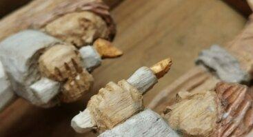 VIRTUALI PARODA / Gintautas Akstinas. Medžio skulptūra