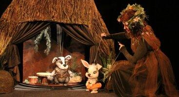 """Lėlių teatro spektaklis ,,Pasakų namai"""""""