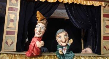 Lėlių spektaklis -