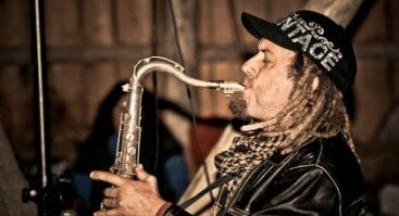Saksofono garsai Verkių vandens malūne