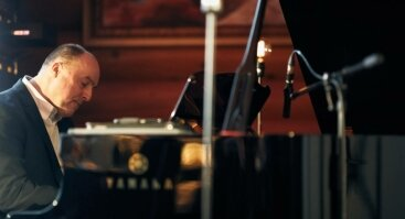 Frank Sinatra ir Louis Armstrong dainos