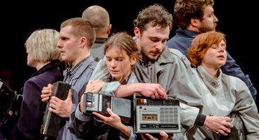 Teatras Atviras ratas I Biografinės improvizacijos JUODA-BALTA I rež. Aidas Giniotis