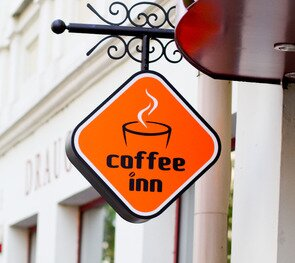 Coffee Inn (šalia Kauno valstybinio muzikinio teatro)