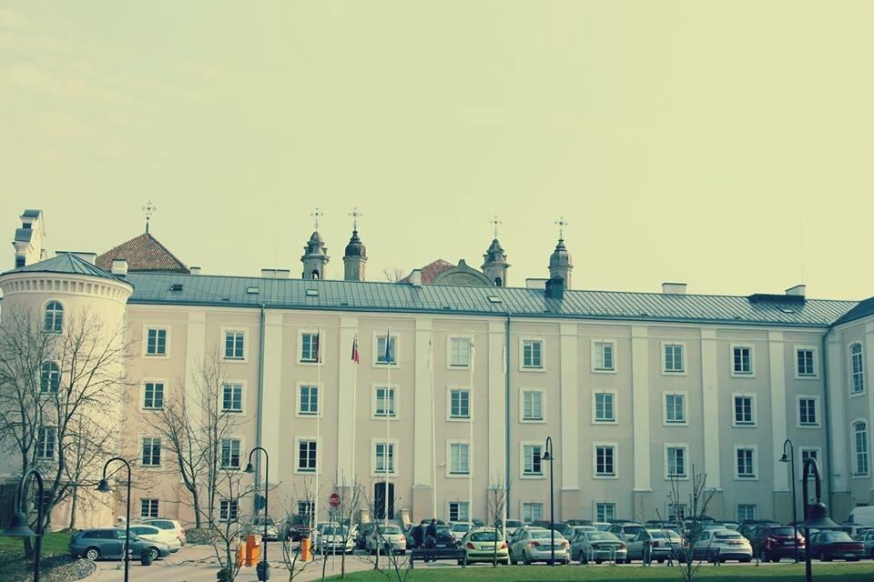 ISM universitetas