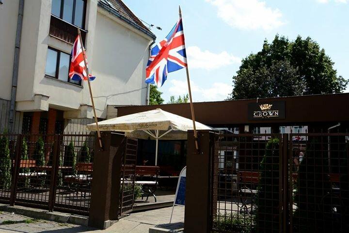 The Crown Pub