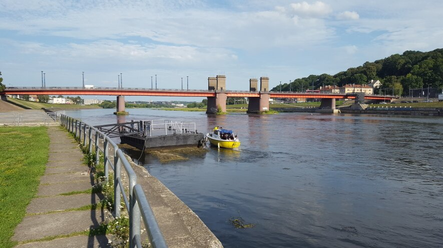 Senoji Kauno prieplauka šalia Vytauto bažnyčios, afiteatro, Aleksoto tilto.