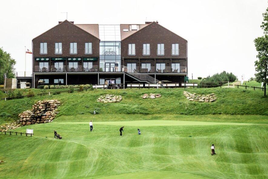 National Golf Resort