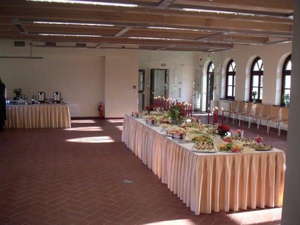 Kairėnų restoranas AULA