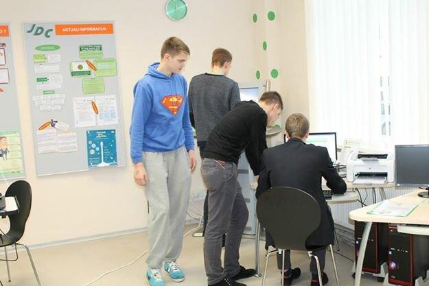 Jaunimo darbo centras